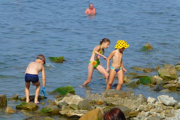 Пляж на Высоком берегу дети
