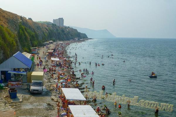 """Пляж на Высоком берегу вид с """"Тургеневской"""" лестницы"""